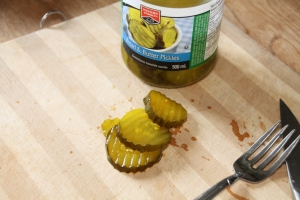 Peanut butter pickles5